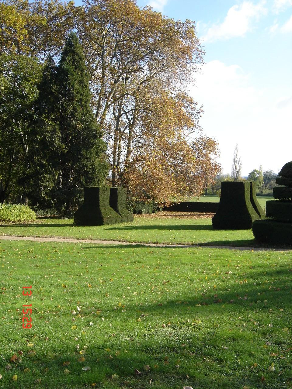 Le jardin chateau de longsard au nord de lyon for Le jardin 69008 lyon