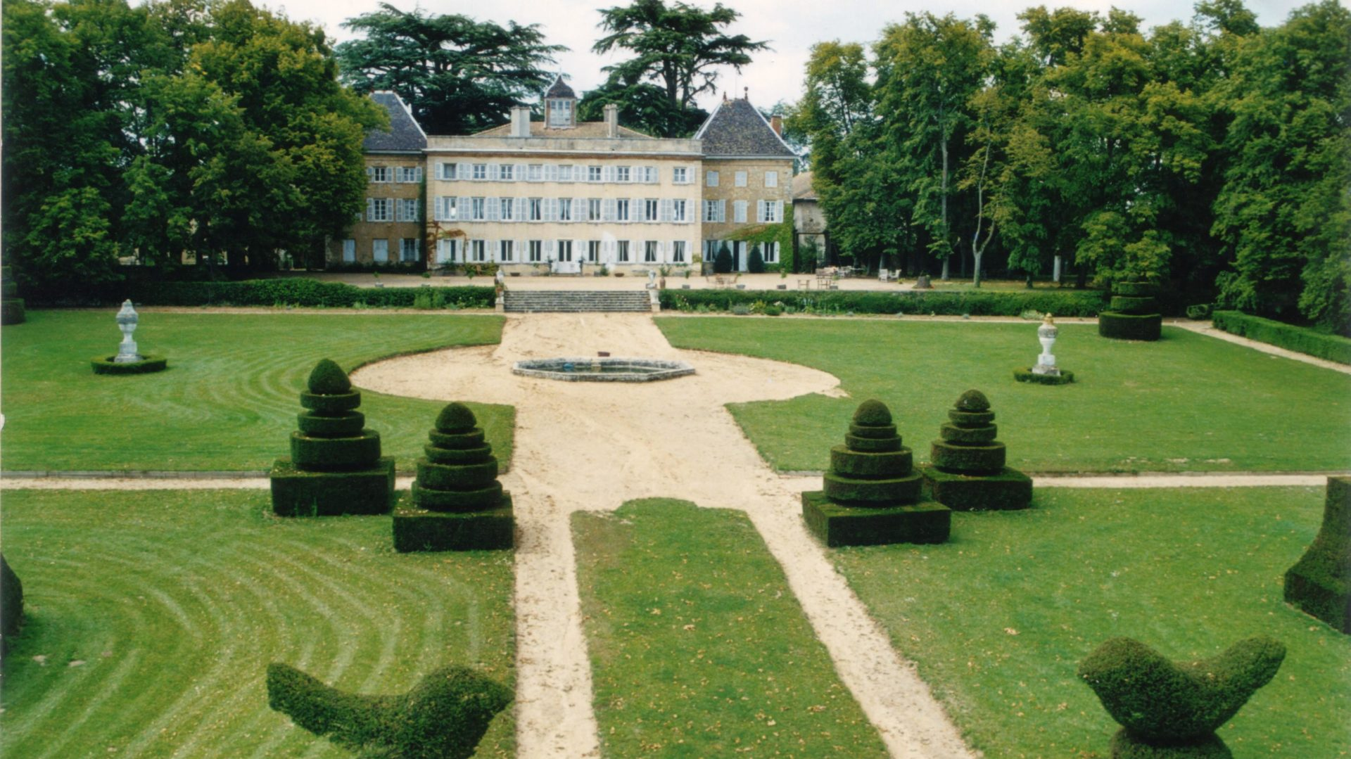 Château de Longsard au nord de Lyon